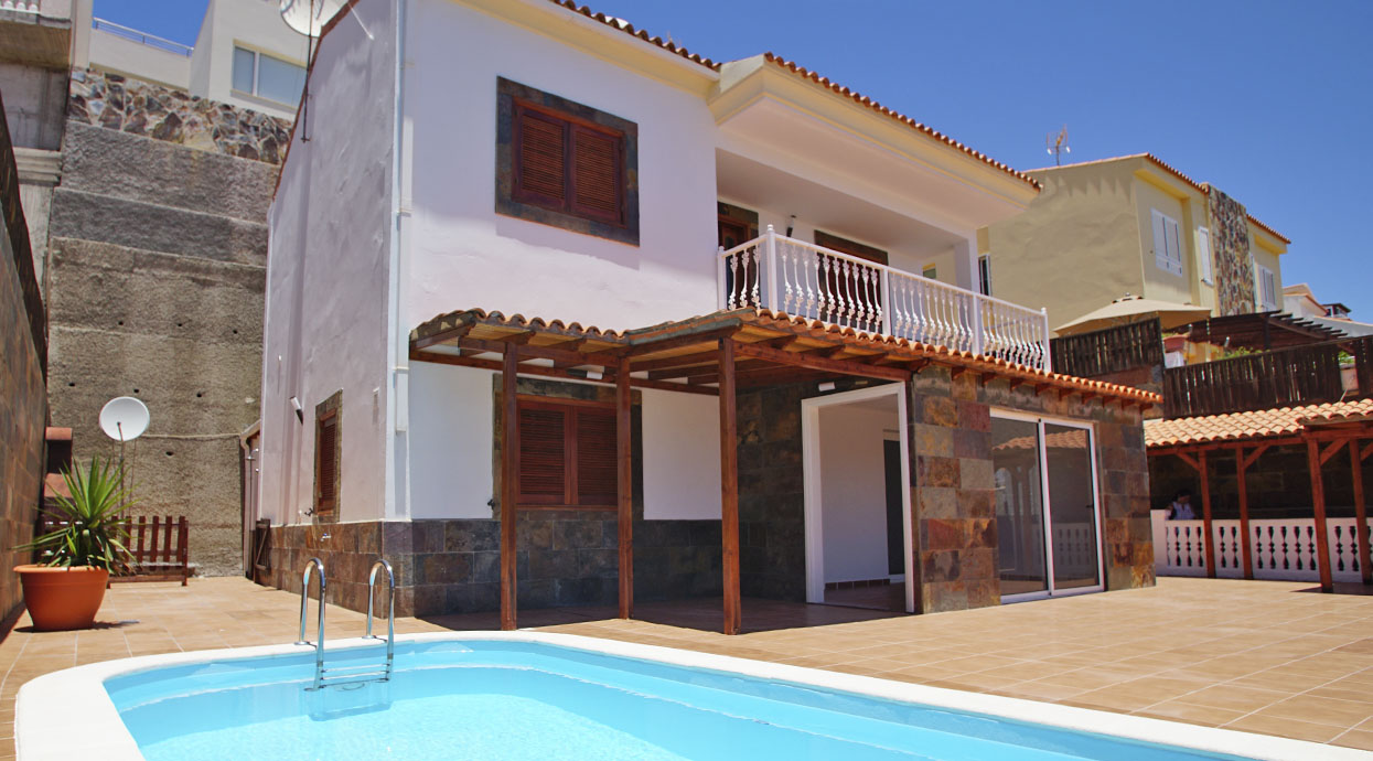 Luxury 3 Bedroom Villa Located in the Exclusive Loma Dos – South of Gran Canaria Mogán