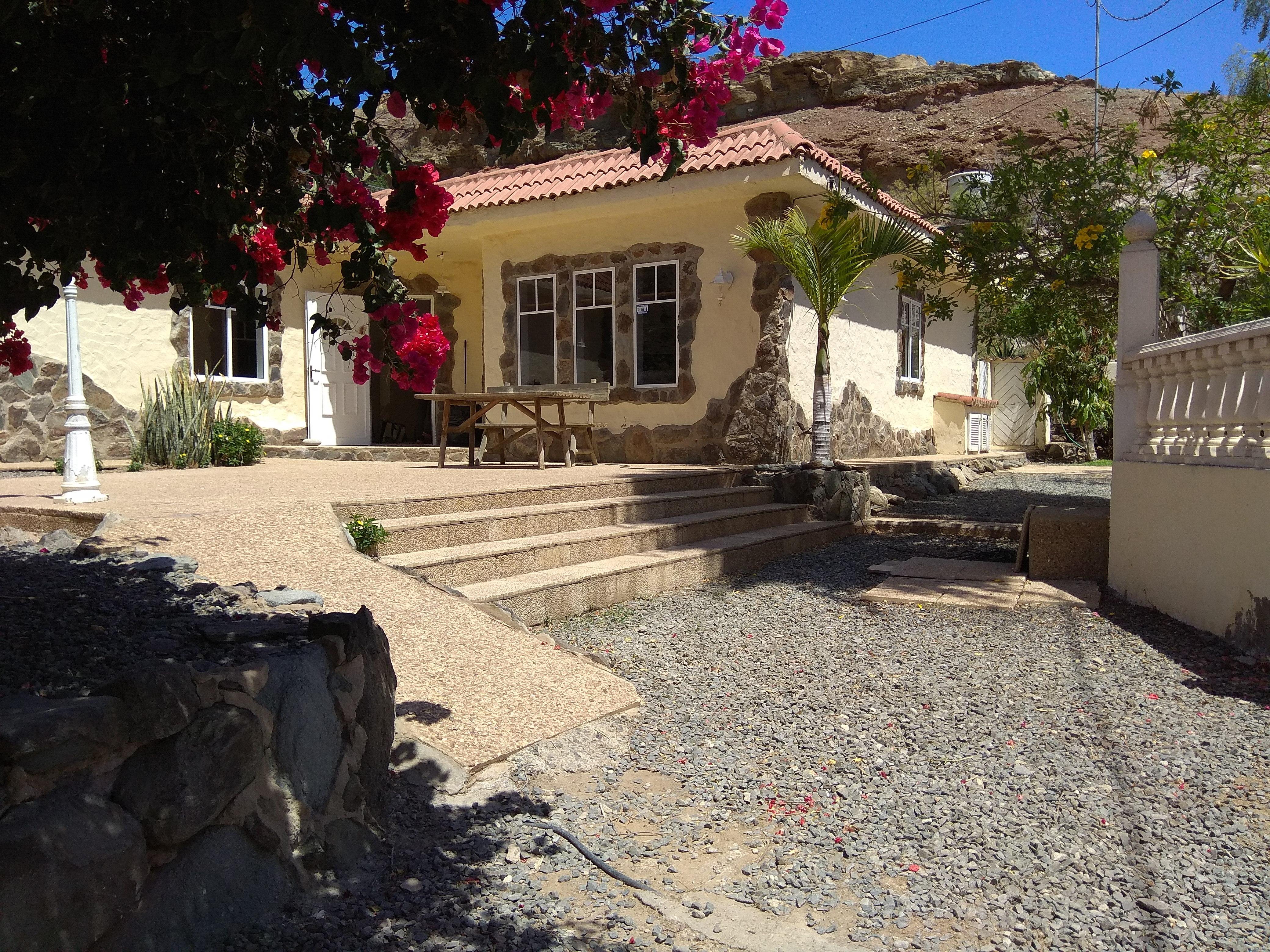 Detached private villa –  Barranco de Cura