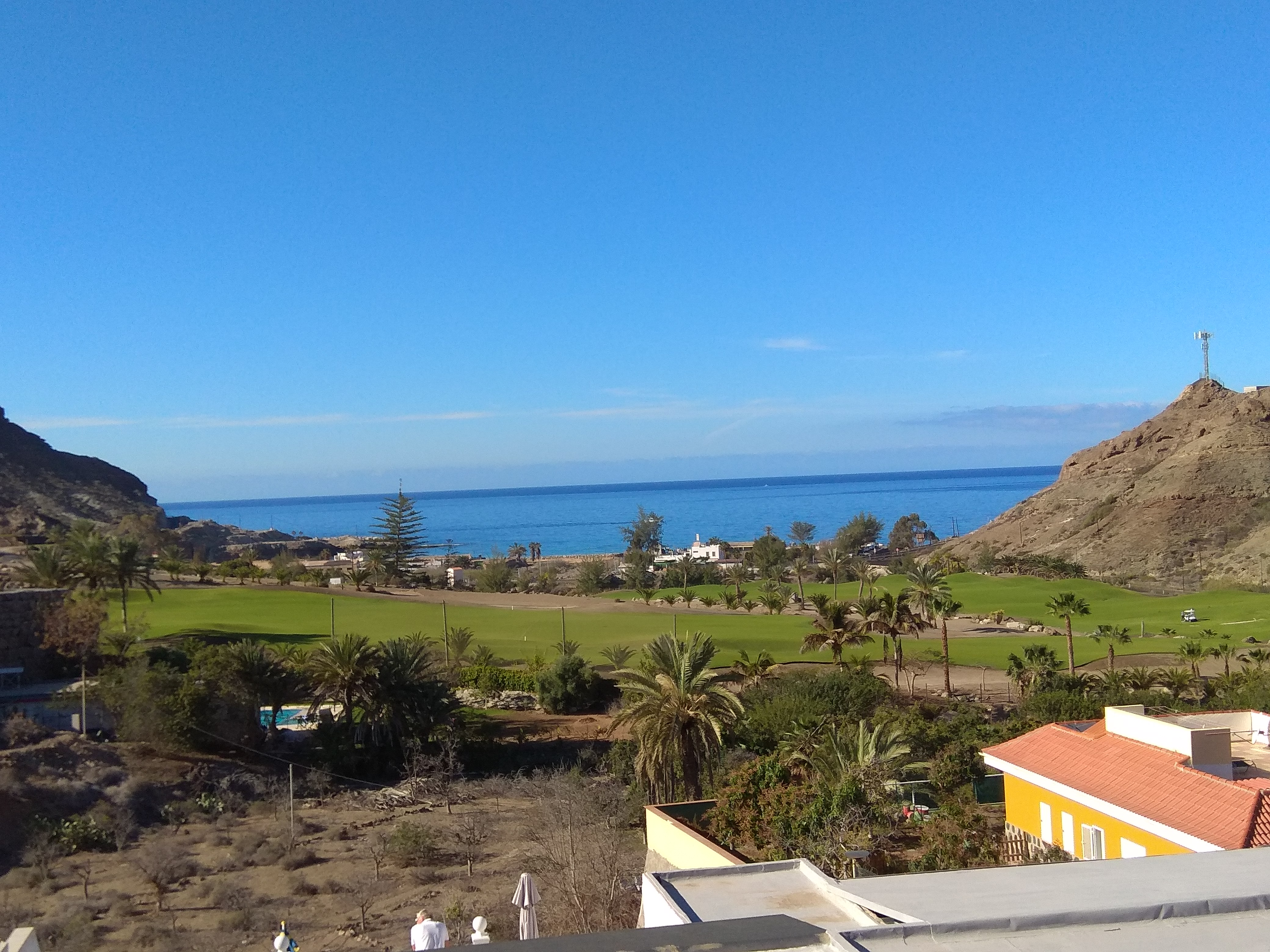 Corner Penthouse Apartment with Stunning Ocean and Golf Views with Corner Balcony – Tauro Platero