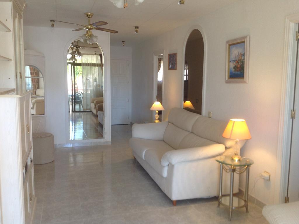 Desirable 2 Bedroom Apartment in El Cardenal – Playa Del Cura Mogan