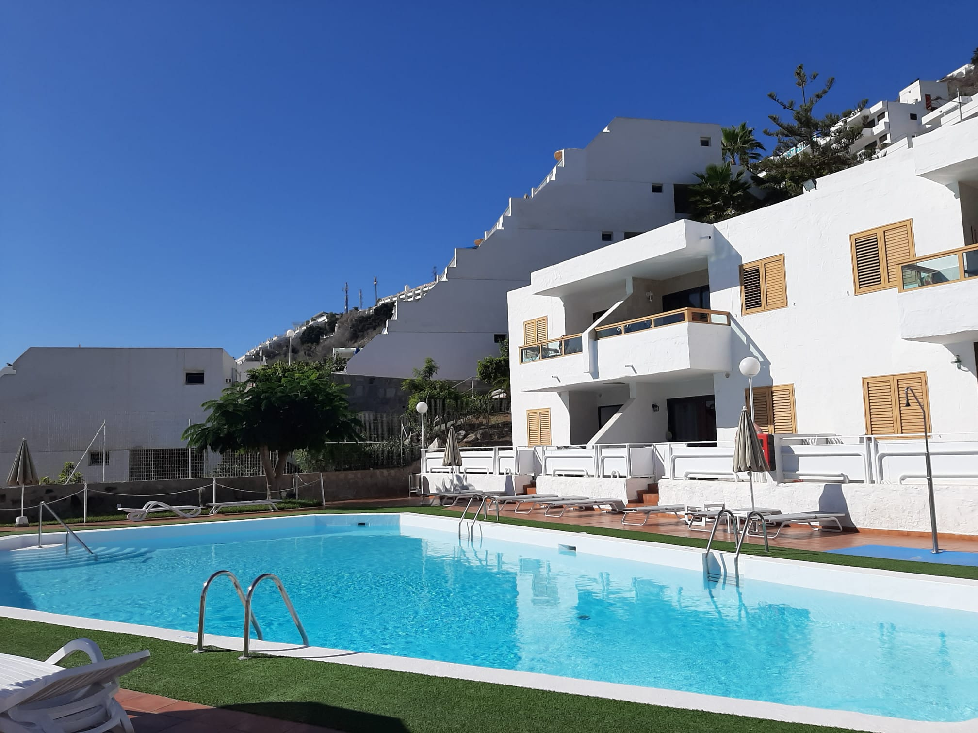 Reformed Poolside Apartment in Arimar