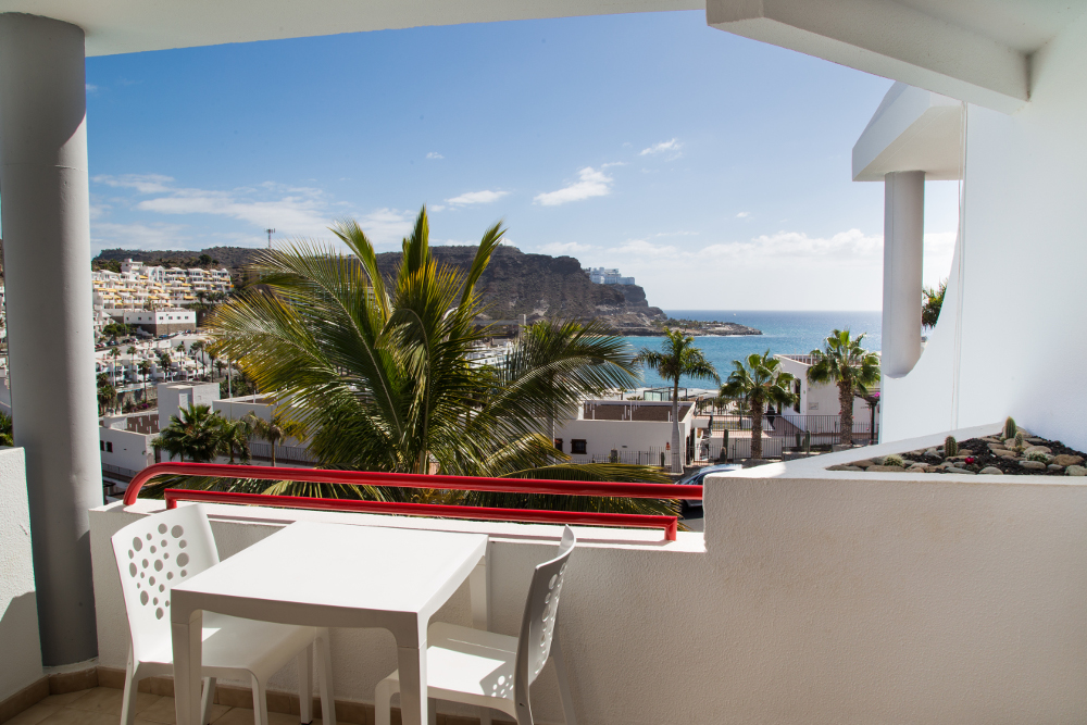 1 Bedroom Apartment with Sea Views in El Cardenal