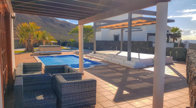 pool views 2