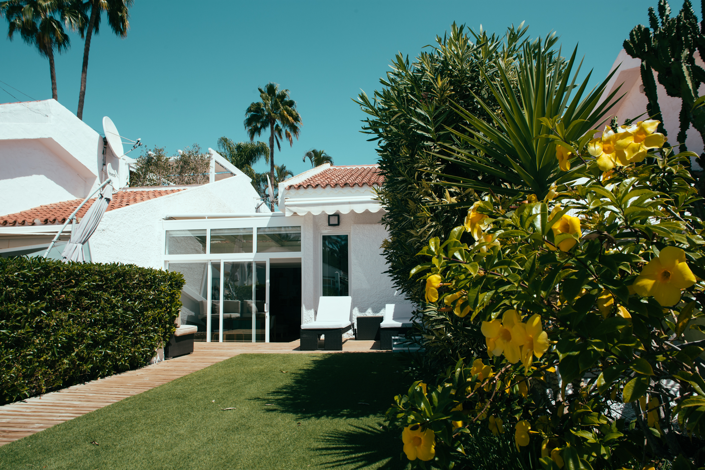 Luxury Bungalow in the Private Residential of Pasito Blanco.