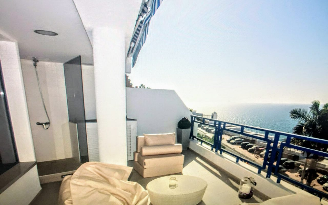 Beautifully Styled Apartment with Sea Views over the Bay of Taurito