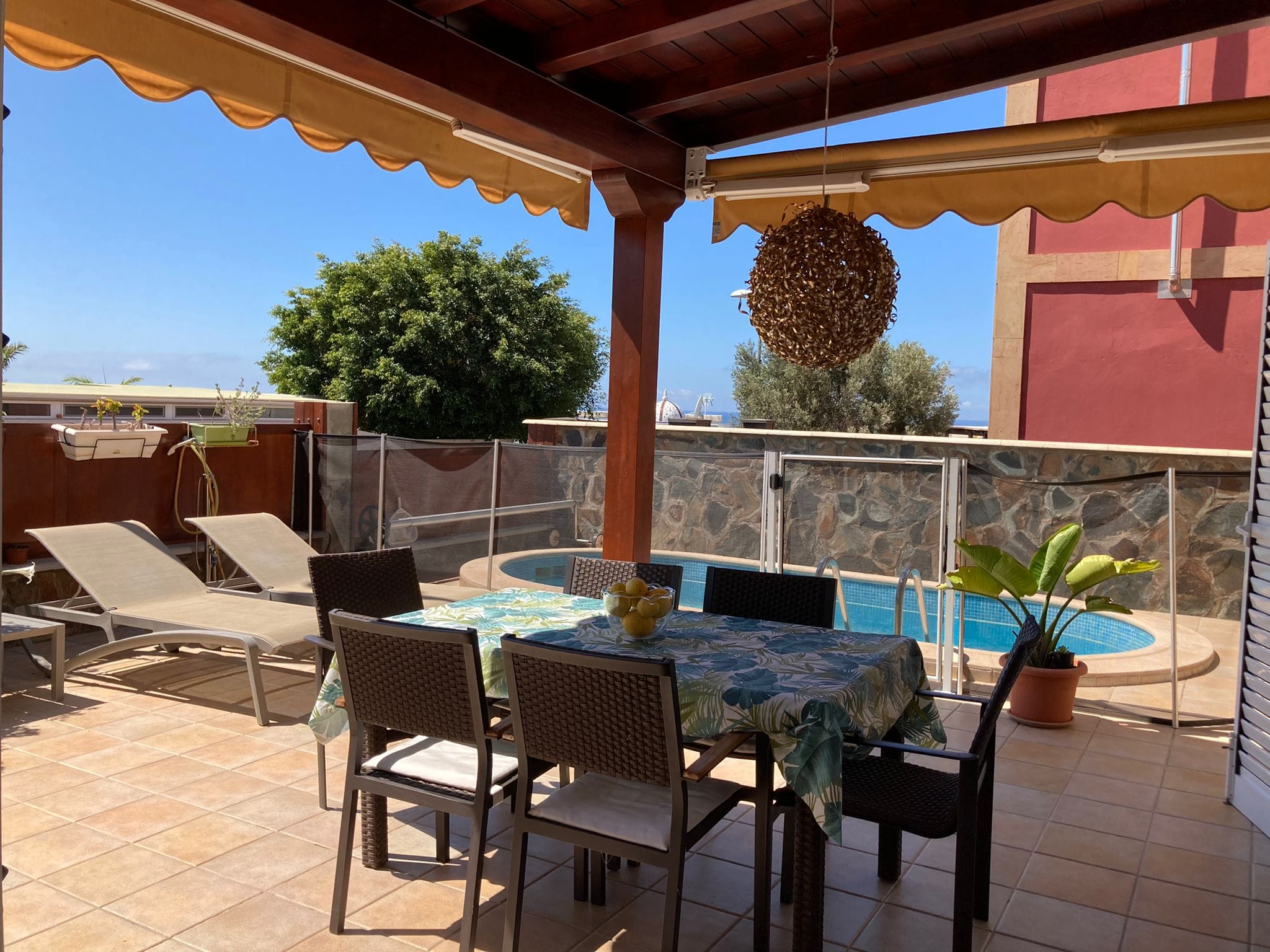Stylish House For Sale in San Agustin